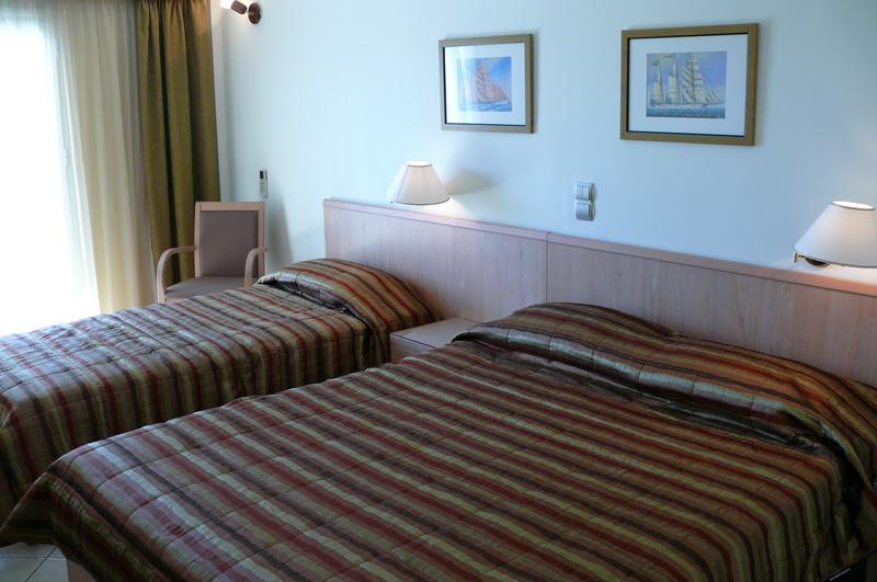 πολυτελή διαμονή στην αίγινα - Danae Hotel
